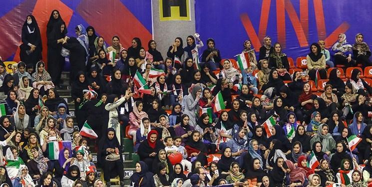 ایران آمد، ظرفیت سالن غدیر تکمیل شد، فیلم برداری کانادایی ها از جو سالن