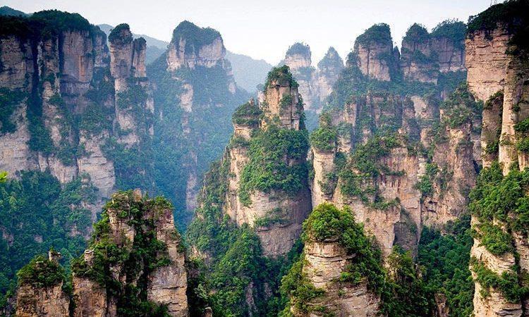 طبیعتی سحرآمیز در کوهستان تیان من چین