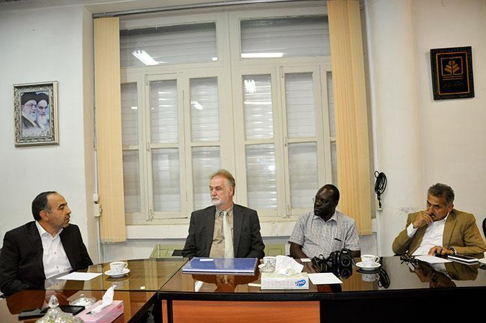 رئیس دپارتمان جغرافیای انسانی دانشگاه گیسن آلمان در دانشگاه مازندران حضور یافت