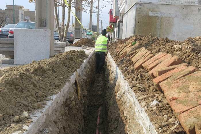 بازسازی شبکه فرسوده آب خیابان شهید حیدری