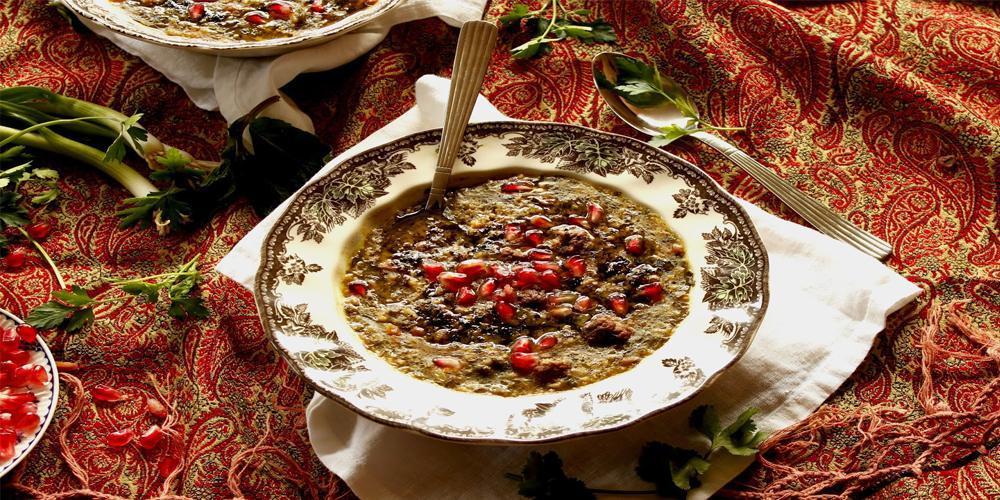 طرز تهیه آش انار ؛ پیش غذای خاص و سنتی سفره یلدا