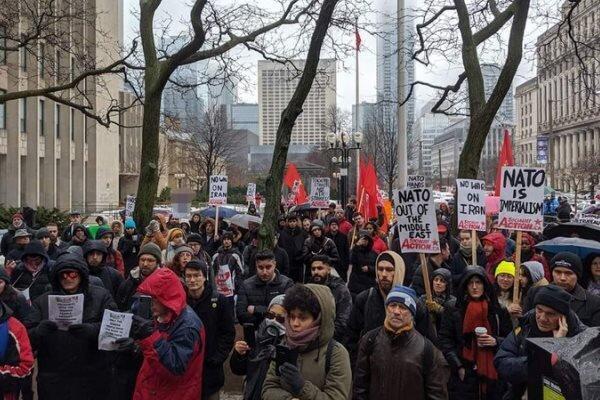 تجمع کانادایی ها در اعتراض به تحریم های ضدایرانی واشنگتن