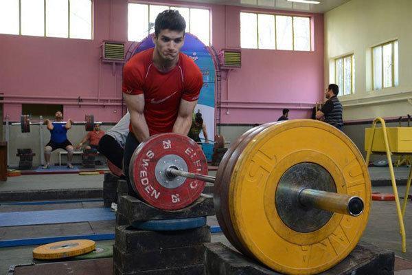 رقابت های وزنه برداری قهرمانی کشور در اهواز برگزار می گردد