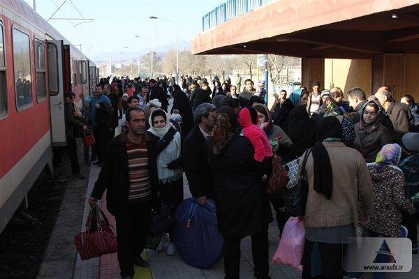 ورود بیش از 10 هزار گردشگر به منطقه آزاد ارس با قطار چارتر