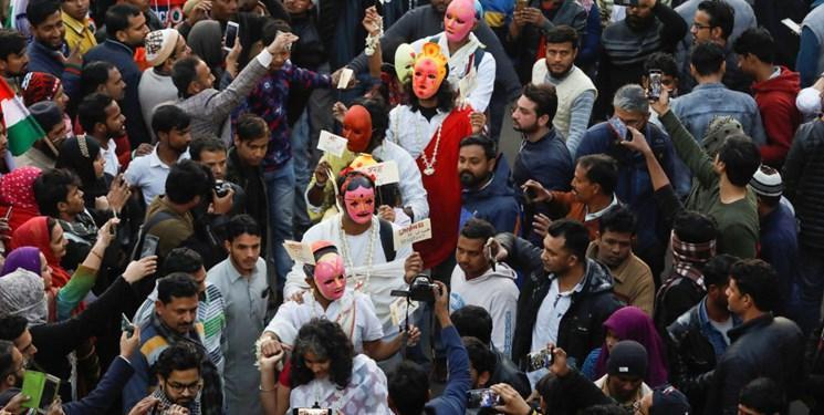 فیلم، تظاهرات هزاران نفری در هند در اعتراض به قانون جنجالی اعطای شهروندی