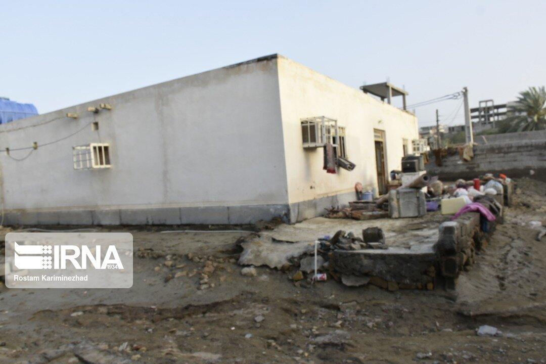 خبرنگاران بازگشت آرامش به زندگی 90 خانوار آسیب دیده از سیل روستای تیس چابهار