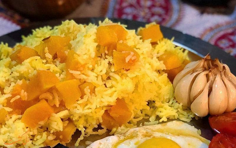 آشنایی با غذاهای محلی و اصیل مازندران