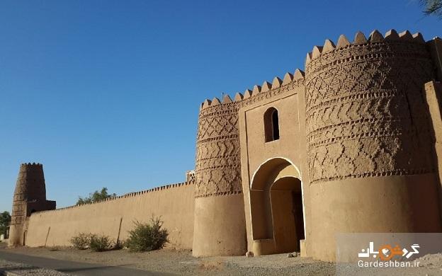 آشنایی با روستا و قلعه شفیع آباد کرمان