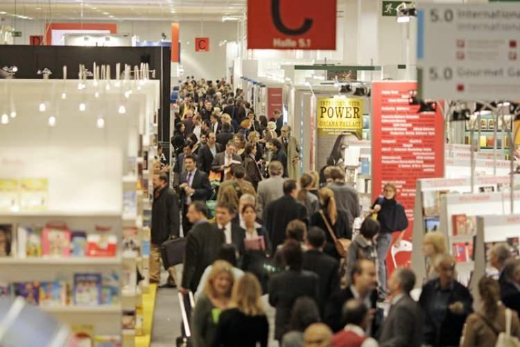 آمار بازدید از نمایشگاه کتاب فرانکفورت، موفقیت در ارتباط ناشران سراسر جهان