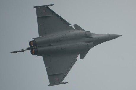 اندونزی در آستانه عقد قرارداد خرید جنگنده&zwnjهای رافال فرانسه