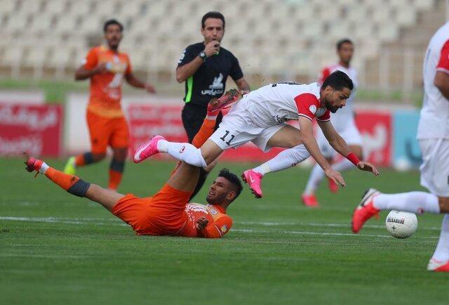 فدراسیون فوتبال: نمی توانیم کارت قرمز کامیابی نیا را پاک کنیم