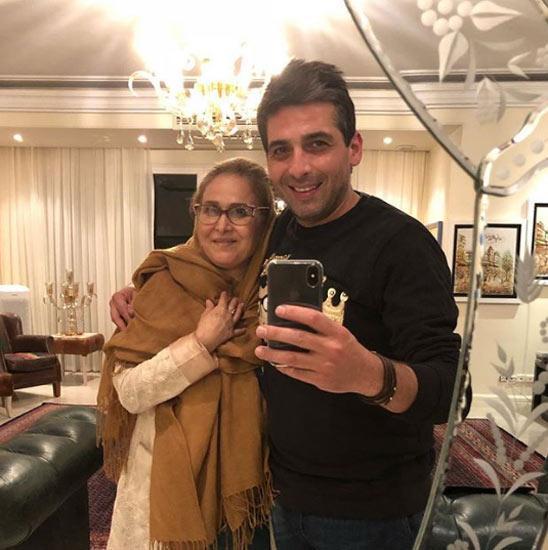 عکس حمید گودرزی با مادرش در شب تولد