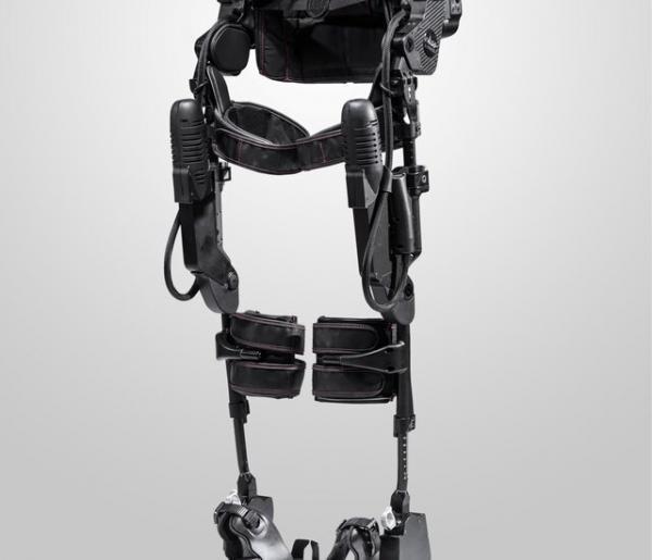 بهبود توانبخشی بیماران مبتلا به سکته مغزی با اسکلت روباتیک