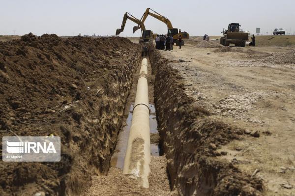 خبرنگاران فرایند آبرسانی به 1200 خانوار روستایی شهرستان بندرلنگه بهبود یافت