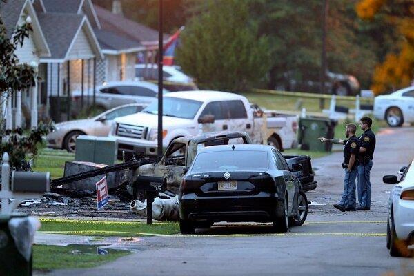سقوط هواپیما بر منازل مسکونی در آمریکا، 4 نفر کشته شدند