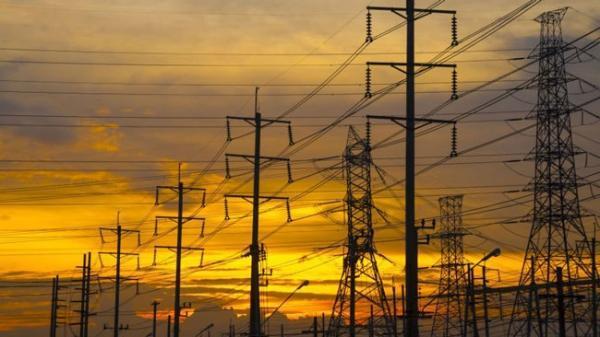 واردات برق ایران نسبت به سال قبل 1.8 برابر شد