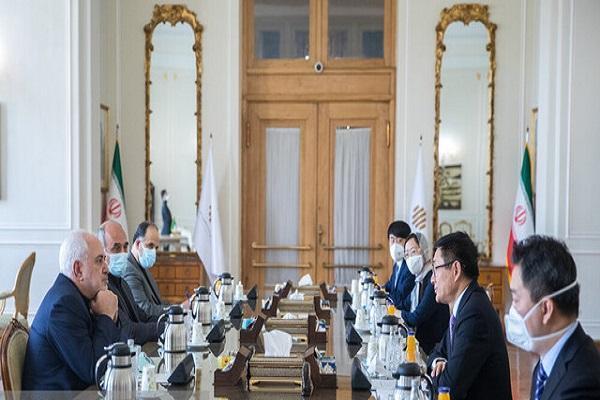 ظریف بیان کرد: تقدیر ایران از چین در زمینه تامین واکسن، ضرورت توجه جدی به بی جاشدگان افغان