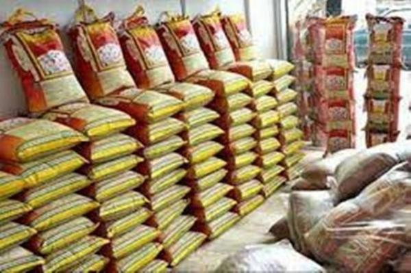 کشف عرضه خارج از شبکه برنج تنظیم بازار از یکی از فروشگاه های بزرگ بجنورد